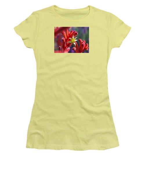 Kangaroo Star Women's T-Shirt (Athletic Fit)