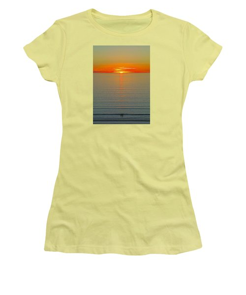 Last Rays Women's T-Shirt (Athletic Fit)