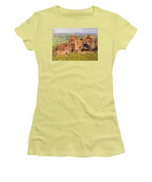 Lion Family Women's T-Shirt (Athletic Fit)