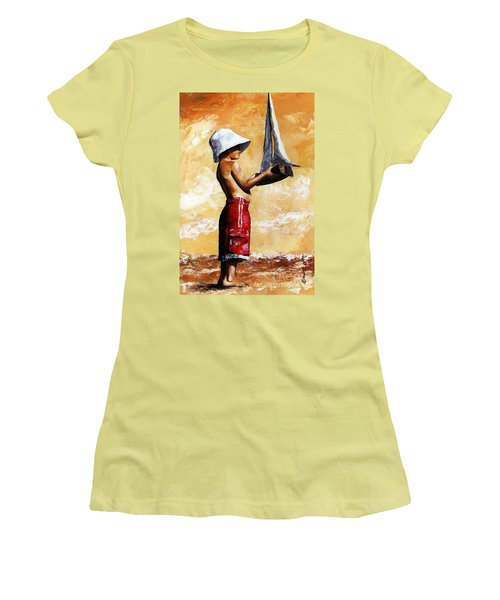 Little Boy In The Beach Women's T-Shirt (Athletic Fit)