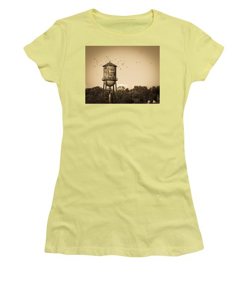 Loudon Water Tower Women's T-Shirt (Junior Cut) by Melinda Fawver