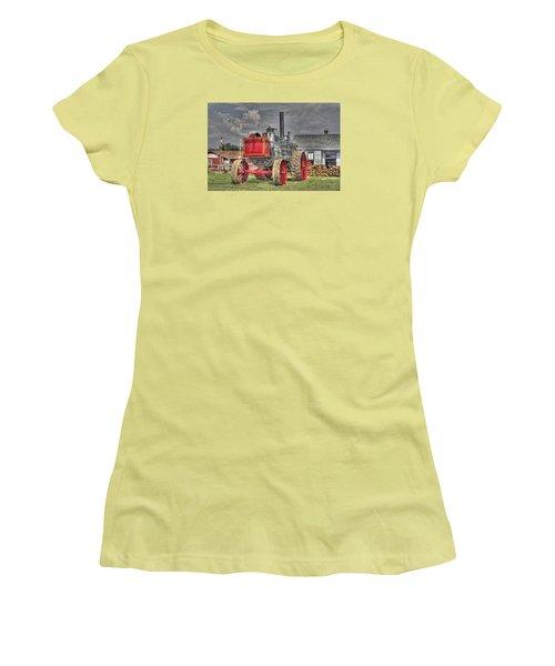 Minneapolis Return Flue  Women's T-Shirt (Athletic Fit)