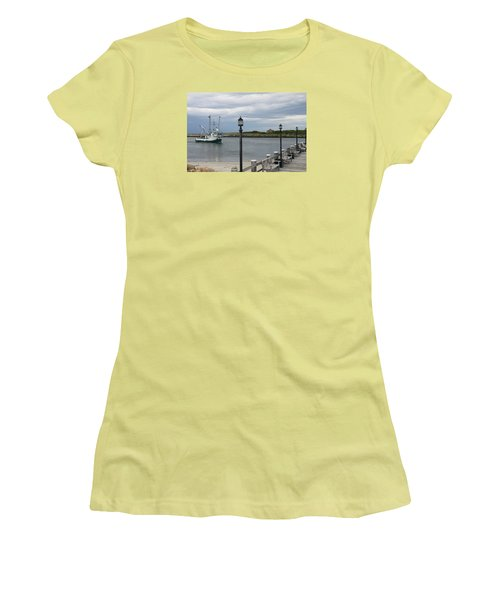 New Species Head Back Women's T-Shirt (Junior Cut) by Christiane Schulze Art And Photography