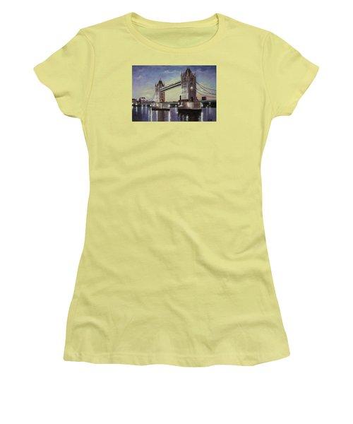 Oil Msc 046 Women's T-Shirt (Athletic Fit)