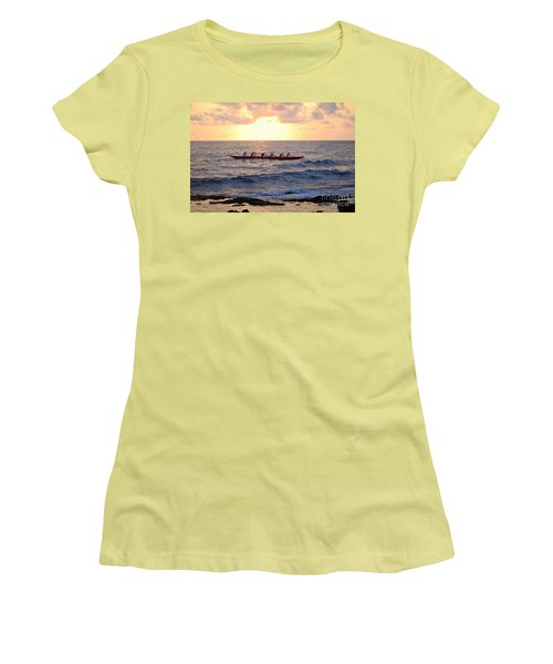 Outrigger Canoe At Sunset In Kailua Kona Women's T-Shirt (Athletic Fit)