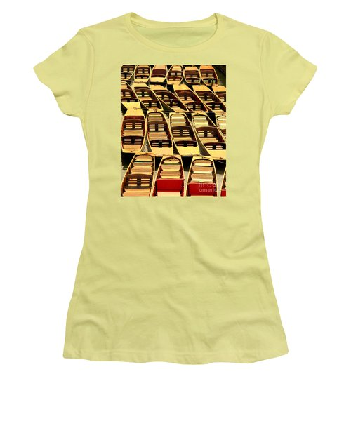 Oxford Punts Women's T-Shirt (Athletic Fit)
