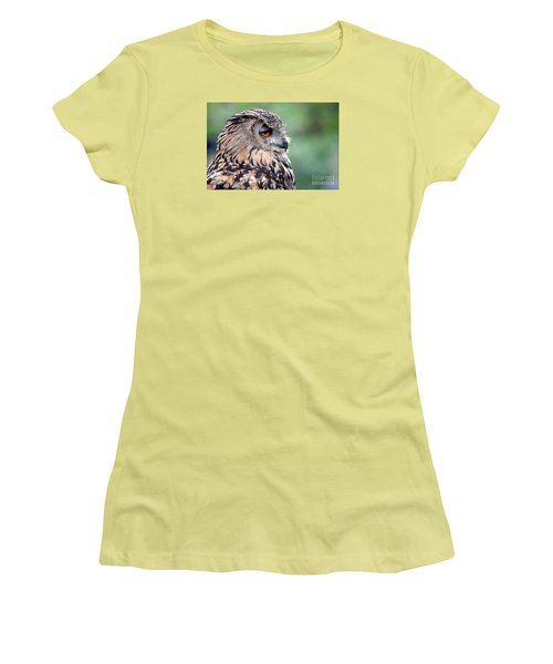 Women's T-Shirt (Junior Cut) featuring the photograph Portrait Of A Great Horned Owl by Jim Fitzpatrick