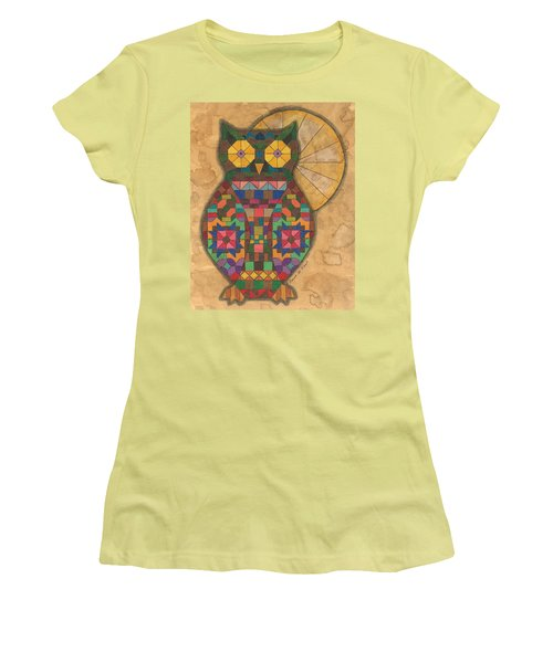 Quilted Owl Women's T-Shirt (Athletic Fit)