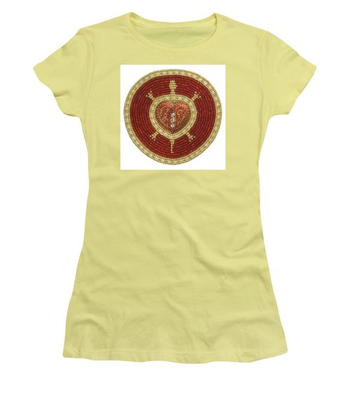 Bw's Red Heart Turtle Women's T-Shirt (Athletic Fit)