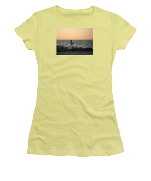 Romance In Captiva Women's T-Shirt (Junior Cut) by Val Oconnor