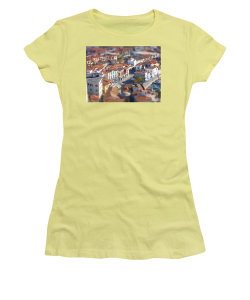 Rooftops Women's T-Shirt (Junior Cut) by Vicki Spindler