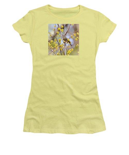Ruby-crowned Kinglet Women's T-Shirt (Junior Cut) by Kerri Farley