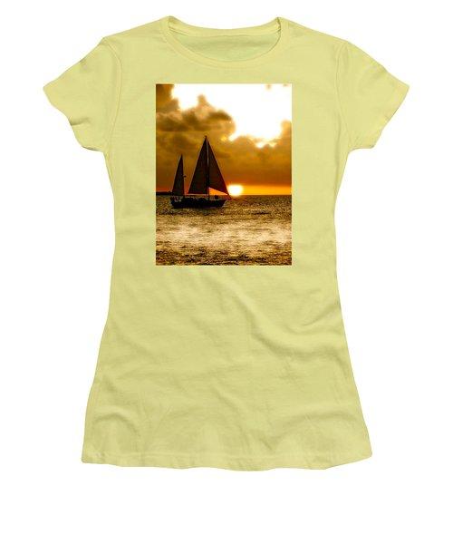 Sailing The Keys Women's T-Shirt (Junior Cut)