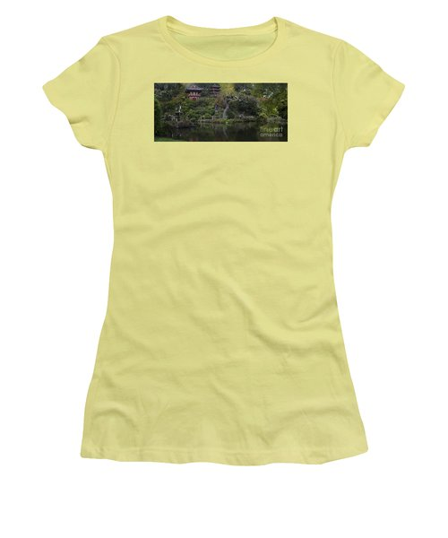 San Francisco Japanese Garden Women's T-Shirt (Athletic Fit)