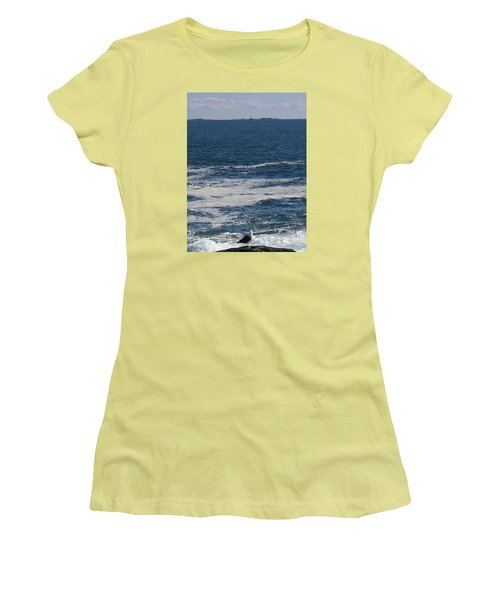 Seabreeze. Women's T-Shirt (Athletic Fit)