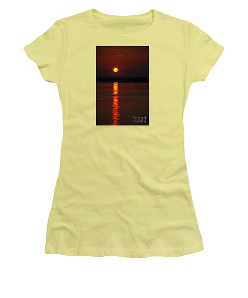 Seabrook Sunset Women's T-Shirt (Athletic Fit)