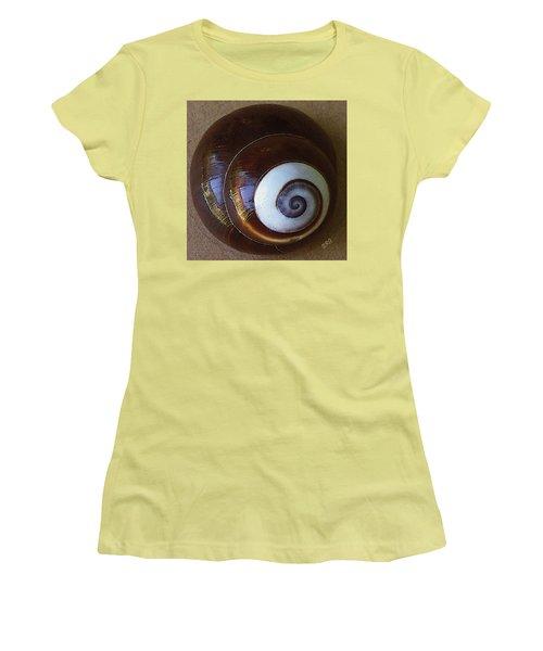 Seashells Spectacular No 26 Women's T-Shirt (Junior Cut) by Ben and Raisa Gertsberg