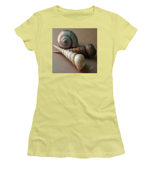 Seashells Spectacular No 29  Women's T-Shirt (Athletic Fit)