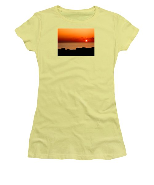 Set Into The Sea Women's T-Shirt (Junior Cut) by Scott Carruthers