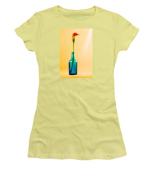 Single Calla In Blue Bottle Women's T-Shirt (Athletic Fit)