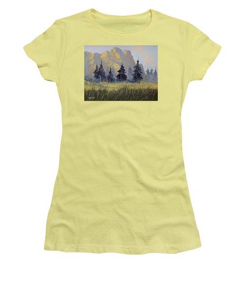Smith Rock Oregon Women's T-Shirt (Junior Cut) by Richard Faulkner