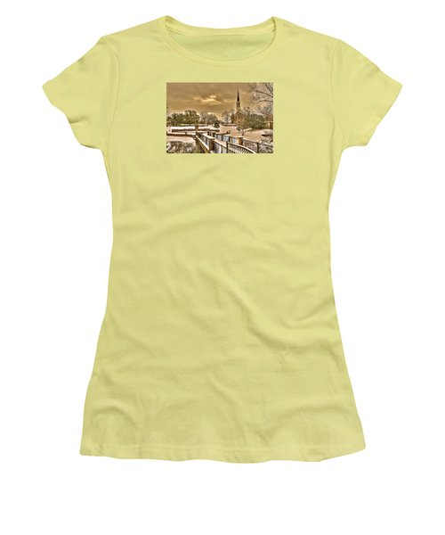 Fayetteville Nc 8 Women's T-Shirt (Athletic Fit)