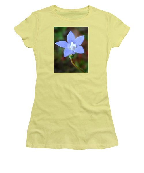 Women's T-Shirt (Junior Cut) featuring the photograph Wild Southern Rockbell  by William Tanneberger