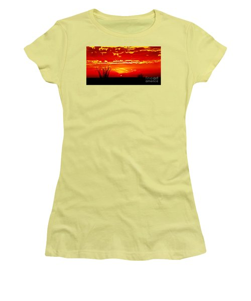 Southwest Sunset Women's T-Shirt (Athletic Fit)