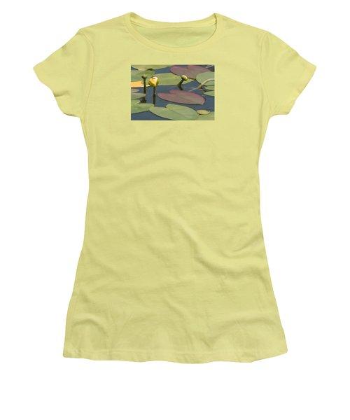 Women's T-Shirt (Junior Cut) featuring the photograph Spatterdock Heart by Paul Rebmann
