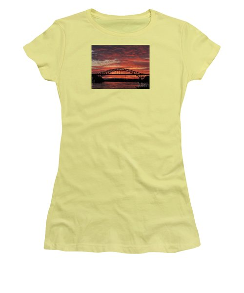 Sunset On The Piscataqua         Women's T-Shirt (Athletic Fit)