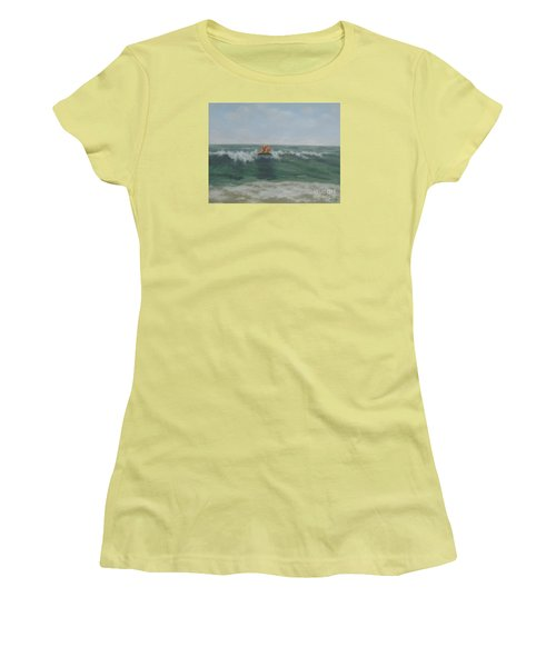 Surfing Golden Women's T-Shirt (Athletic Fit)
