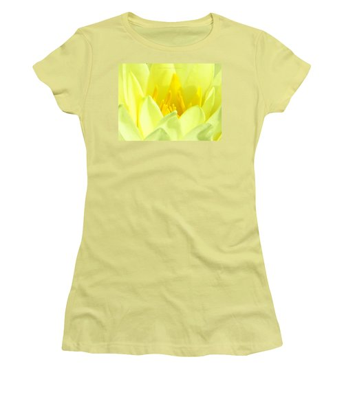 Swarna Kamal Women's T-Shirt (Athletic Fit)