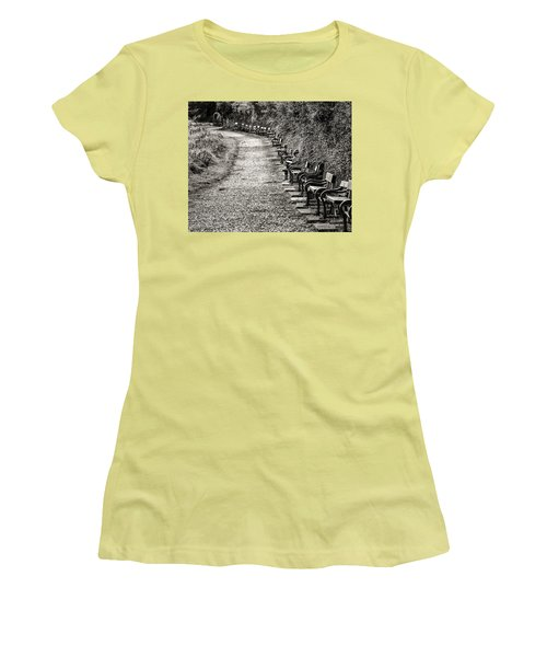 The English Reader Women's T-Shirt (Athletic Fit)