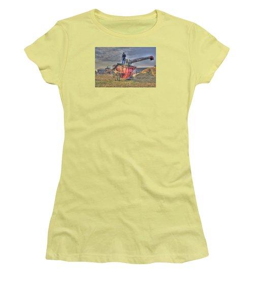 Threshing At Rollag Women's T-Shirt (Junior Cut) by Shelly Gunderson