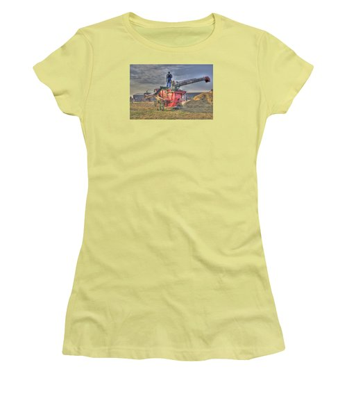 Threshing At Rollag Women's T-Shirt (Athletic Fit)