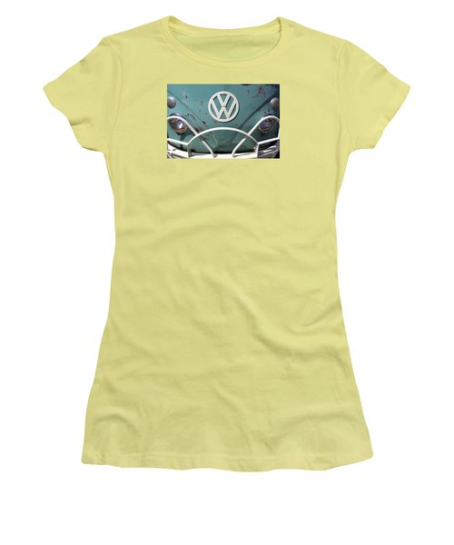 Vw Oldie But Goodie Women's T-Shirt (Athletic Fit)