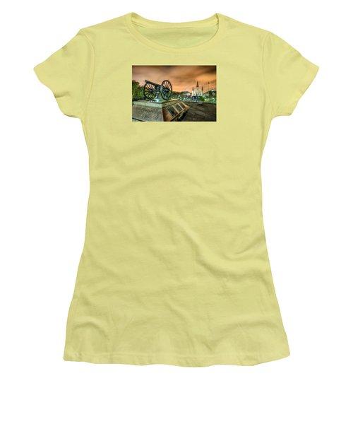 Washington Artillery Park Women's T-Shirt (Athletic Fit)
