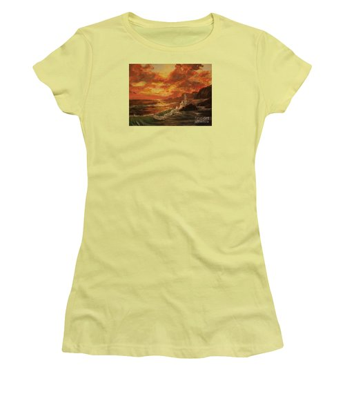 Wave Crash Women's T-Shirt (Athletic Fit)