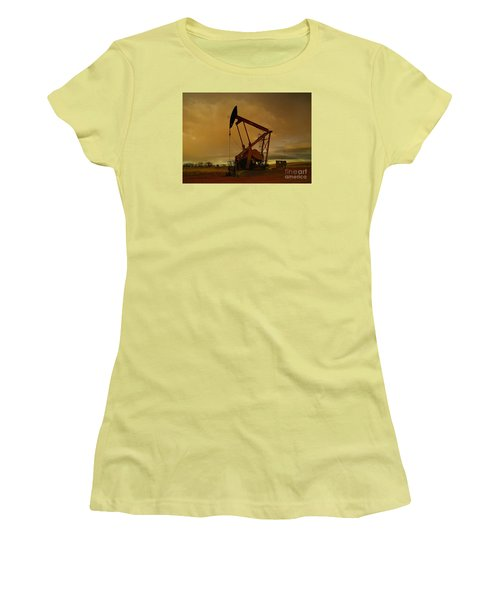 Wellhead At Dusk Women's T-Shirt (Athletic Fit)