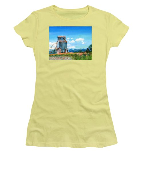 Willow Creek Grain Elevator II Women's T-Shirt (Athletic Fit)