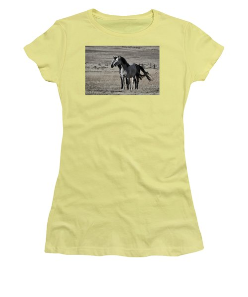 Women's T-Shirt (Junior Cut) featuring the photograph Windblown D3560 by Wes and Dotty Weber