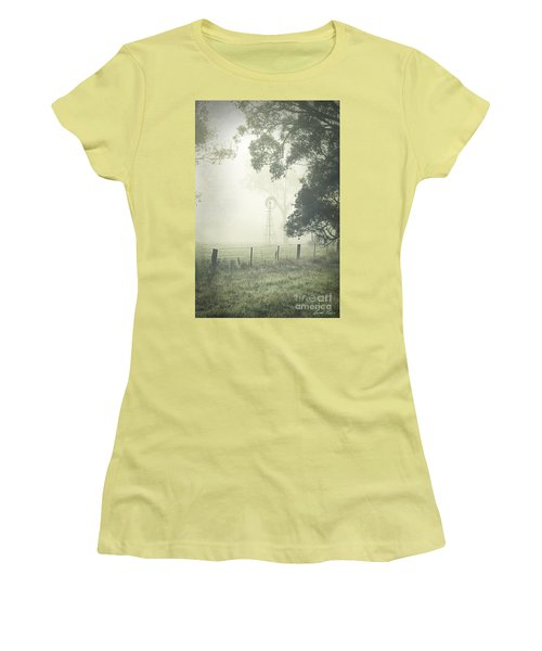 Winter Morning Londrigan 9 Women's T-Shirt (Junior Cut)