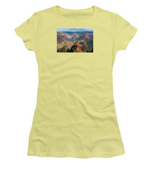 Women's T-Shirt (Junior Cut) featuring the photograph Wonders Of Waimea by Suzanne Luft