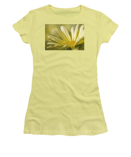 Women's T-Shirt (Junior Cut) featuring the photograph Yellow Daisy by Ann Lauwers