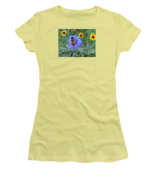 Women's T-Shirt (Junior Cut) featuring the photograph Afternoon Feeding by Tina M Wenger