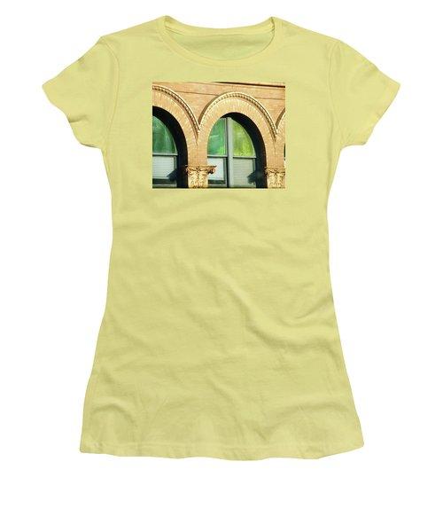 Women's T-Shirt (Junior Cut) featuring the photograph Architecture Memphis by Lizi Beard-Ward