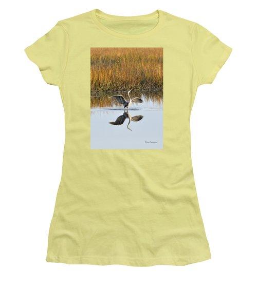 Bird Dance Women's T-Shirt (Athletic Fit)
