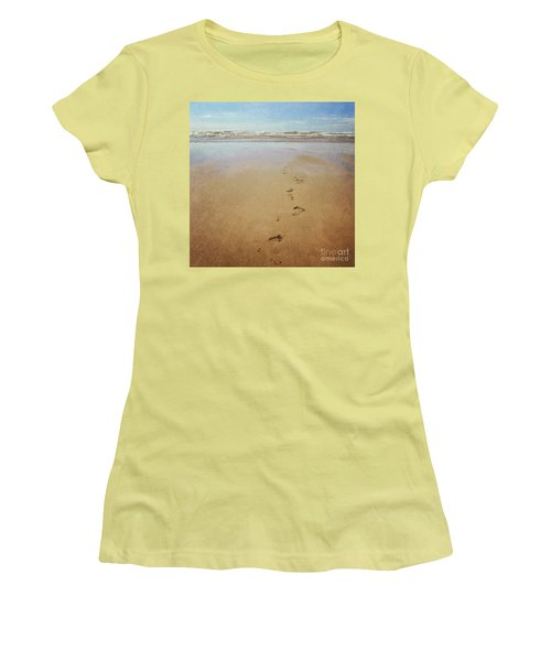 Footprints In The Sand Women's T-Shirt (Junior Cut) by Lyn Randle