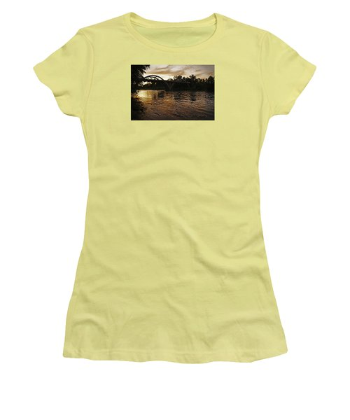 Rogue River Sunset Women's T-Shirt (Athletic Fit)