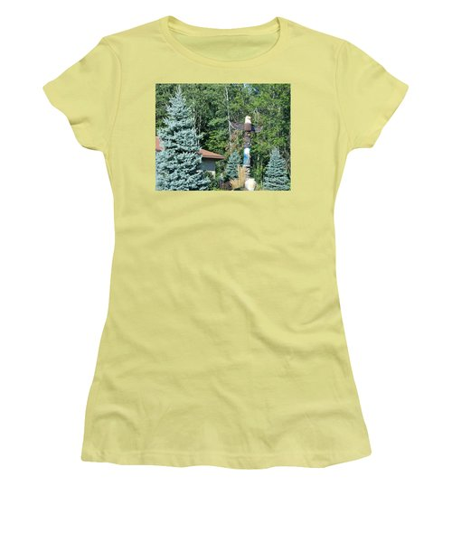 Yard Totem Women's T-Shirt (Junior Cut)